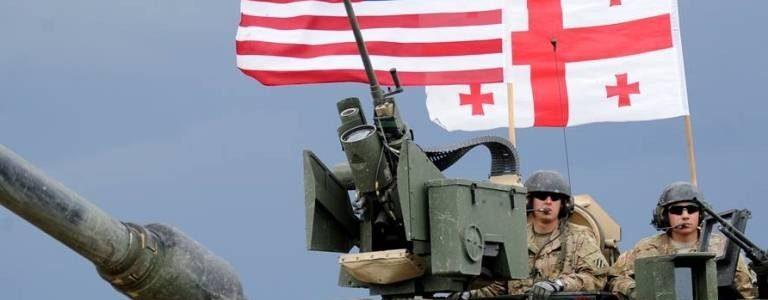 Видео дня! Американские бронетранспортеры проследовали через четыре города Грузии